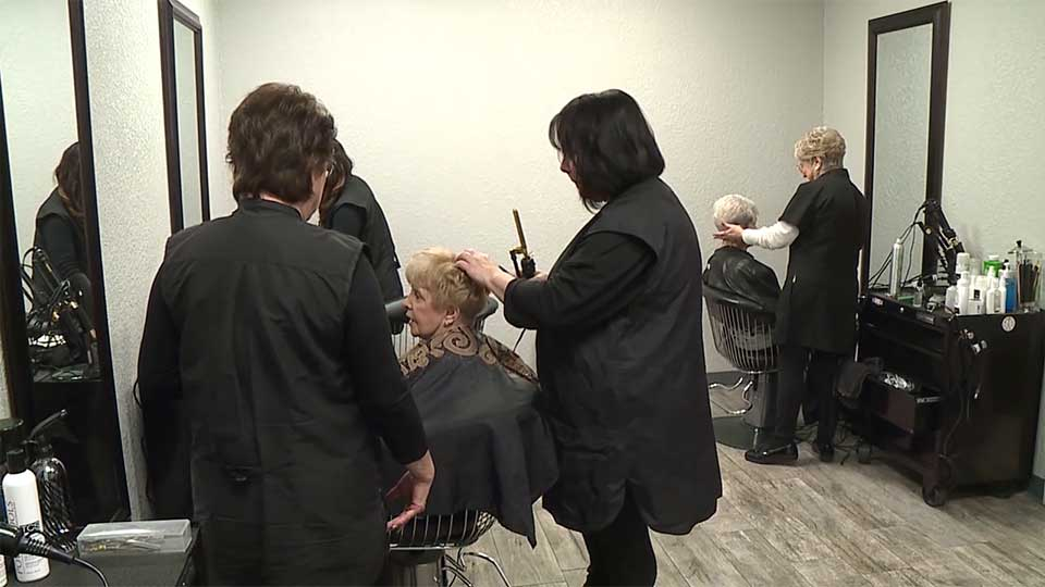 Saturday, Hair Hut opened its new location at 3768 Boardman-Canfield Road.