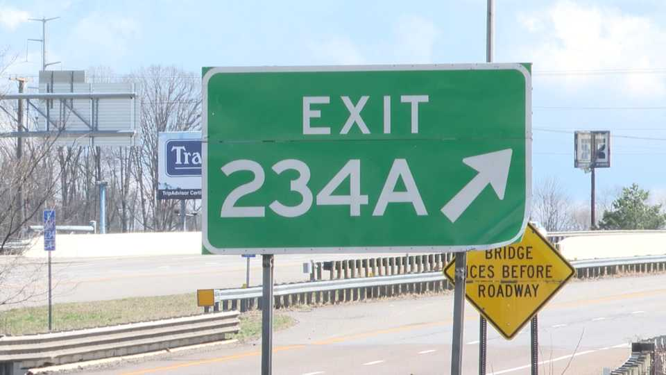 Exit 234A to Hubbard sees flooding but remains open.