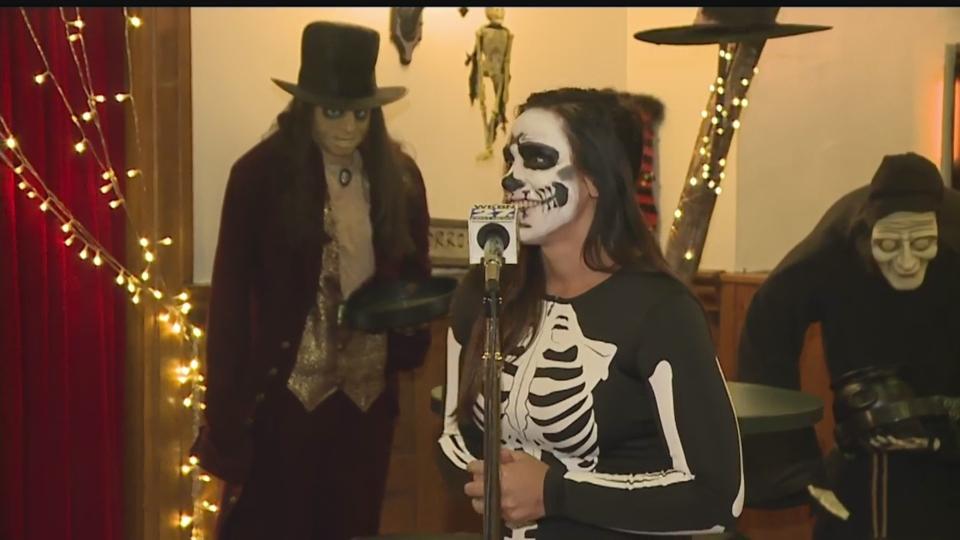 Youngstown Zombie Crawl, Zombie Prom.