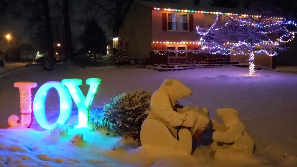 Austintown Christmas lights in snow