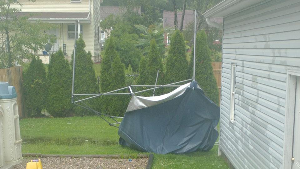 Niles wind damage