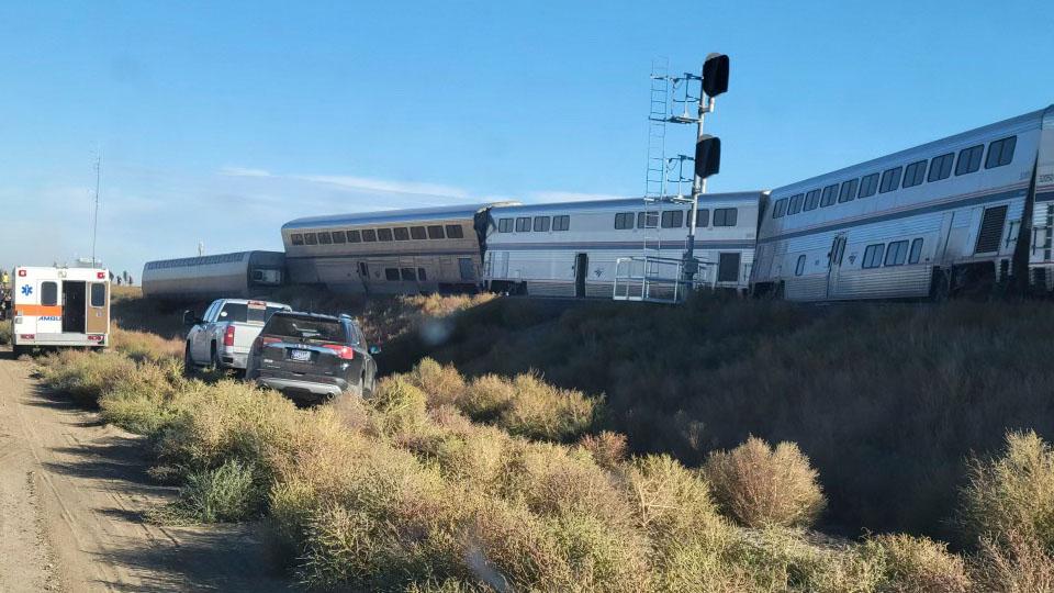 At least 3 dead in Amtrak train derailment in Montana