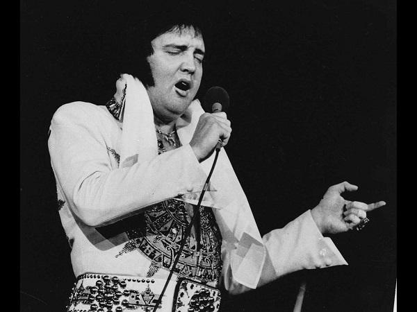 Elvis Presley_395456