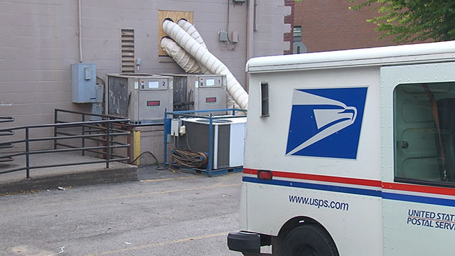 Are Post Offices Open On Christmas Eve.Usps Delivering Through Christmas Eve To Because Of High
