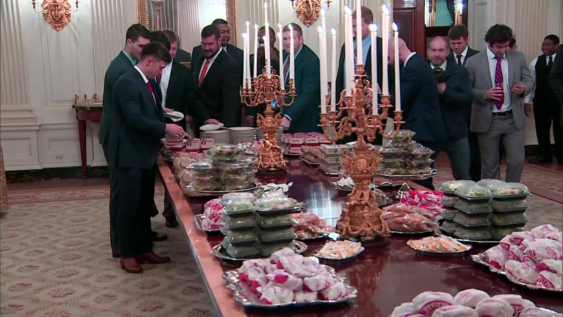 VIDEO: President Trump personally pays for Clemson's fast food at White House