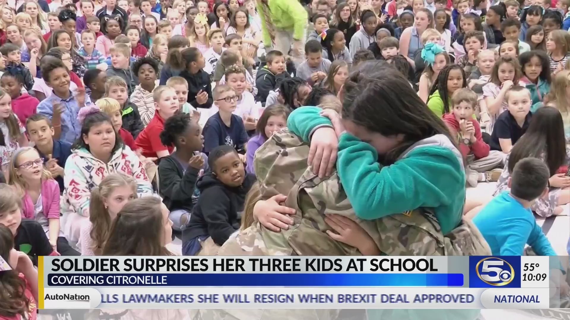 VIDEO: Military mother surprises her children at their school in Citronelle