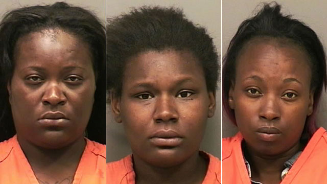 Cierra Fox (L), Victoria Fox (C), Sherika Jones (R) Clarksville officer assault 5_23_15_53711