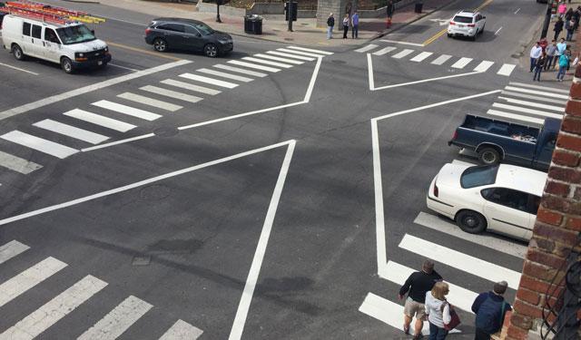 Diagonal crosswalk_264605