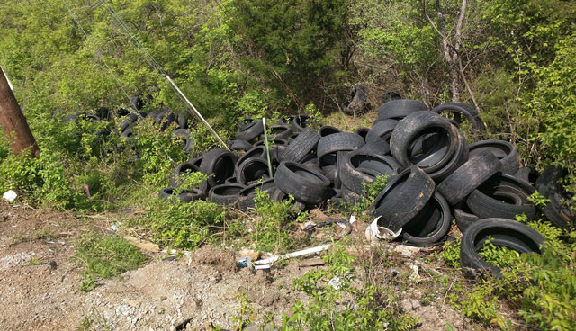 Tire dumping_274472