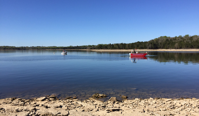 Father missing on Percy Priest Lake_272012