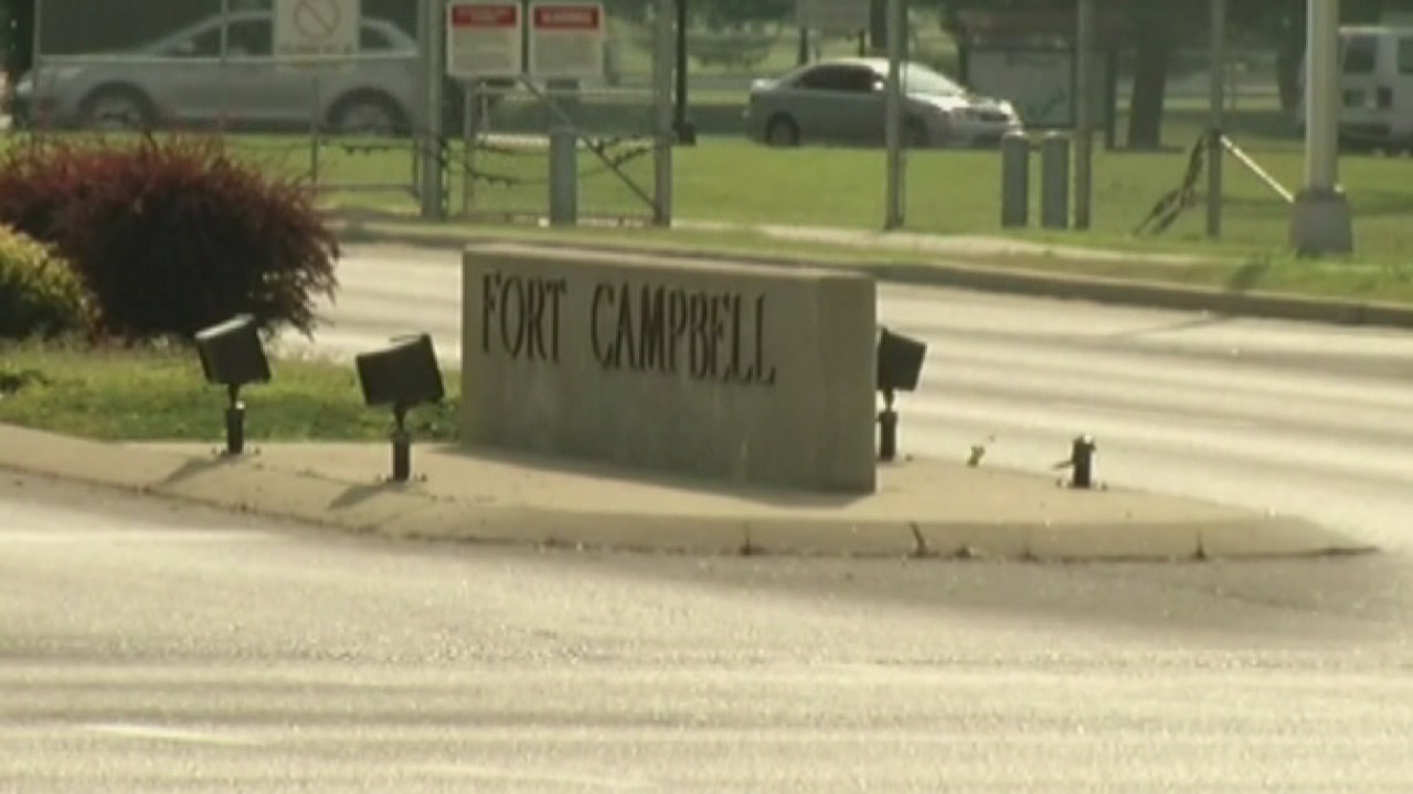 Fort Campbell sign_18080