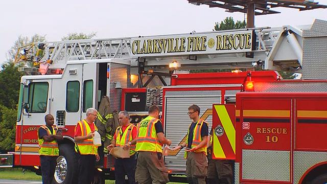 2 killed in Clarksville crash_305022