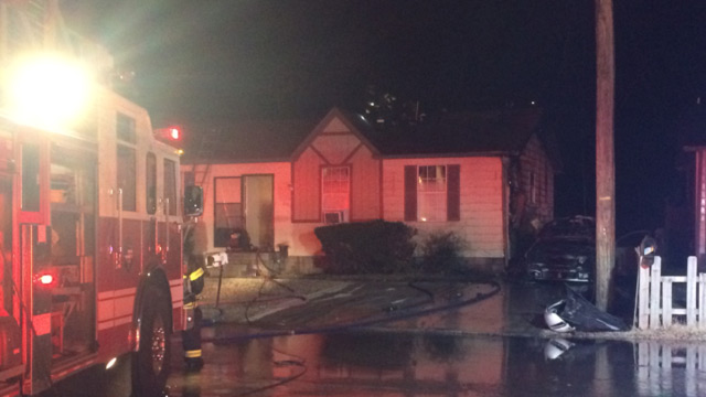 car fire in Antioch spreads to home_347421