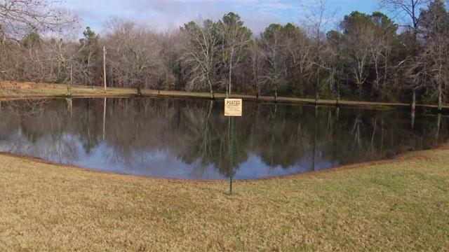 body found in hickman county pond_349672