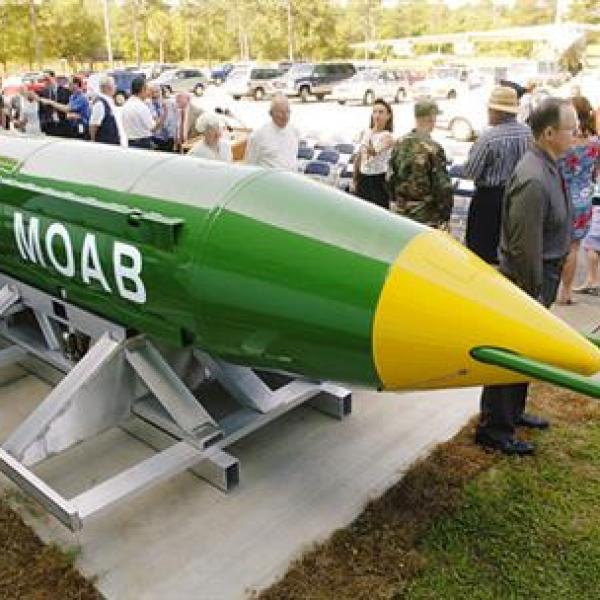 MOAB bomb_400857