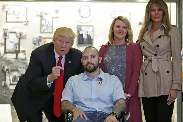 Donald Trump gives Purple Heart_403037