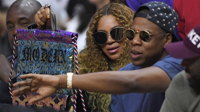Jay Z and Beyonce_421893
