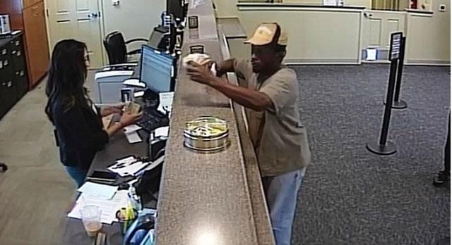 Charlotte Pike bank robbery_413974