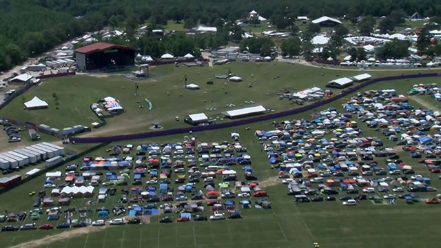 Bonnaroo parking_415487