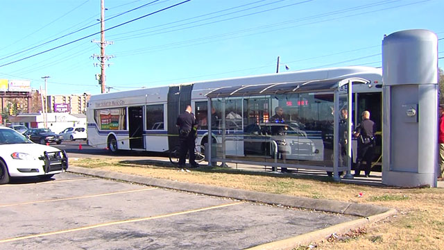 Man shot on MTA bus_464194