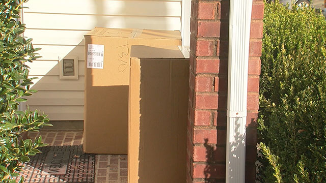 Porch package delivery generic_464278