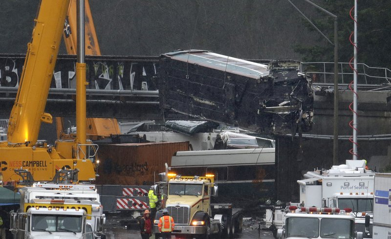 Amtrak train derailment_470285
