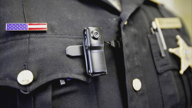 Officer body cams_40315