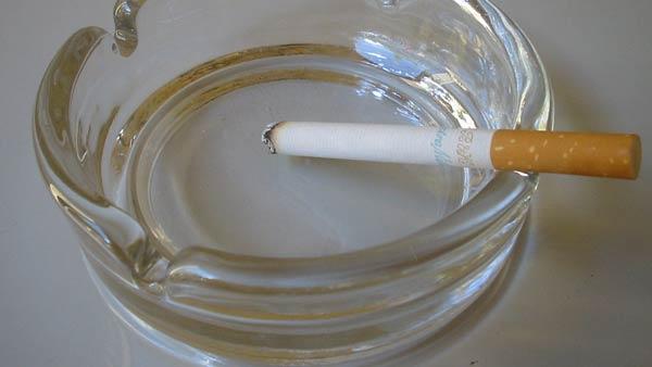 smoking cigarettes generic_35615