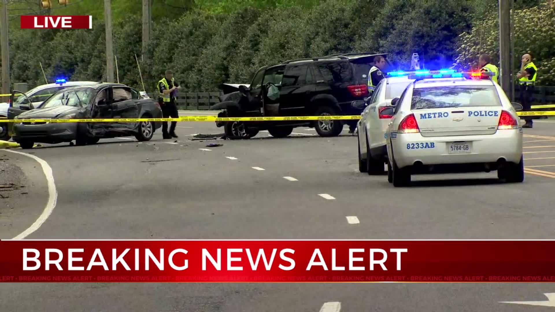 Police identify man killed in crash on Hwy 100 in Bellevue