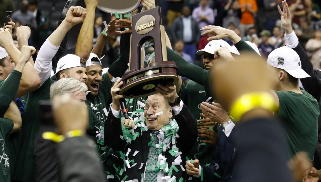 Tom Izzo win over Duke AP 040219_1554241119937.jpg-873702558.jpg