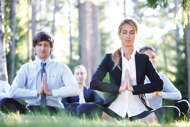 team-building-yoga-corporate-events_276362