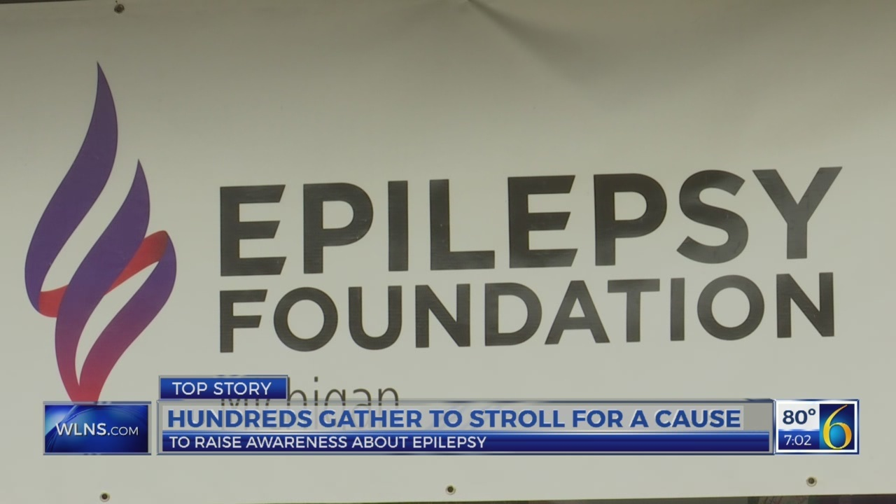 Hundreds gather to stroll for a cause
