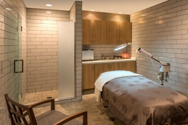 laswi-spa-room-6682-hor-clsc