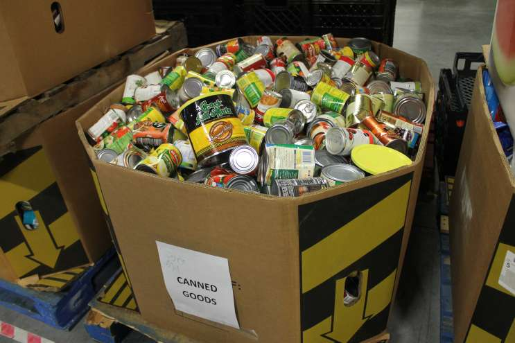 Second Harvest and OCPS will work to get food to needy kids and their families over the holidays. Photo: Matthew Peddie, 90.7 News