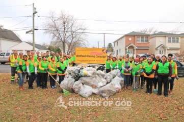 World Mission Society Church of God, wmscog, Mother's Street, cleanup, movement, mother, campaign, trash, garbage, leaves, volunteers, volunteerism, unity, global, world, new york, new jersey, nj, ny, east coast, christian