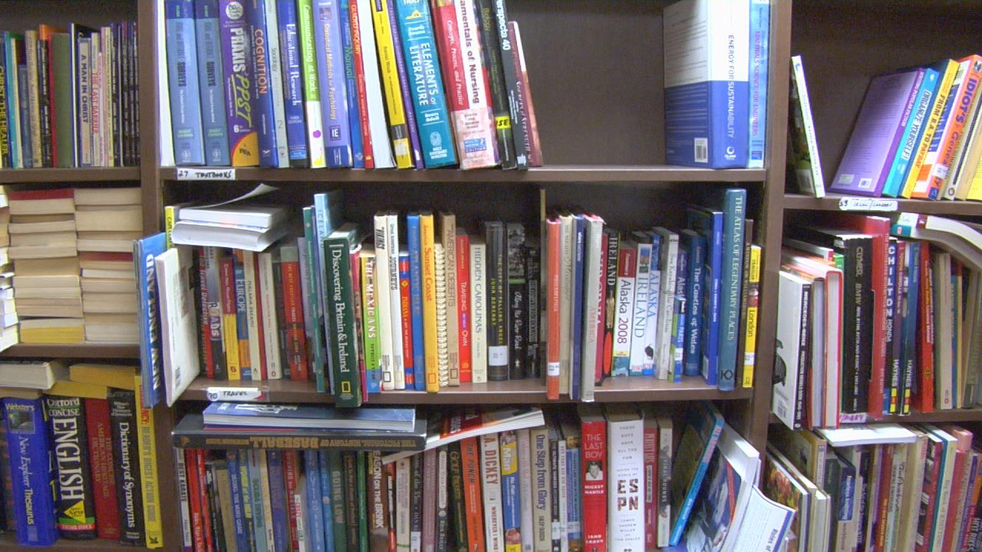 used book sale_163268