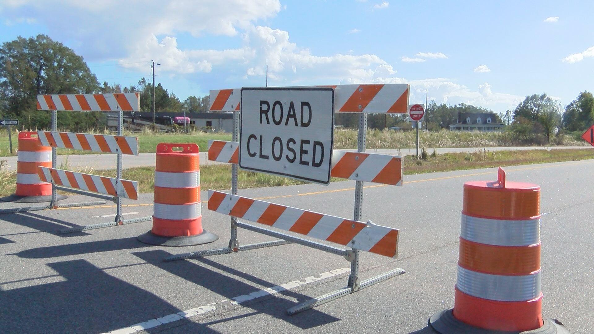 road-closure-zs_287554