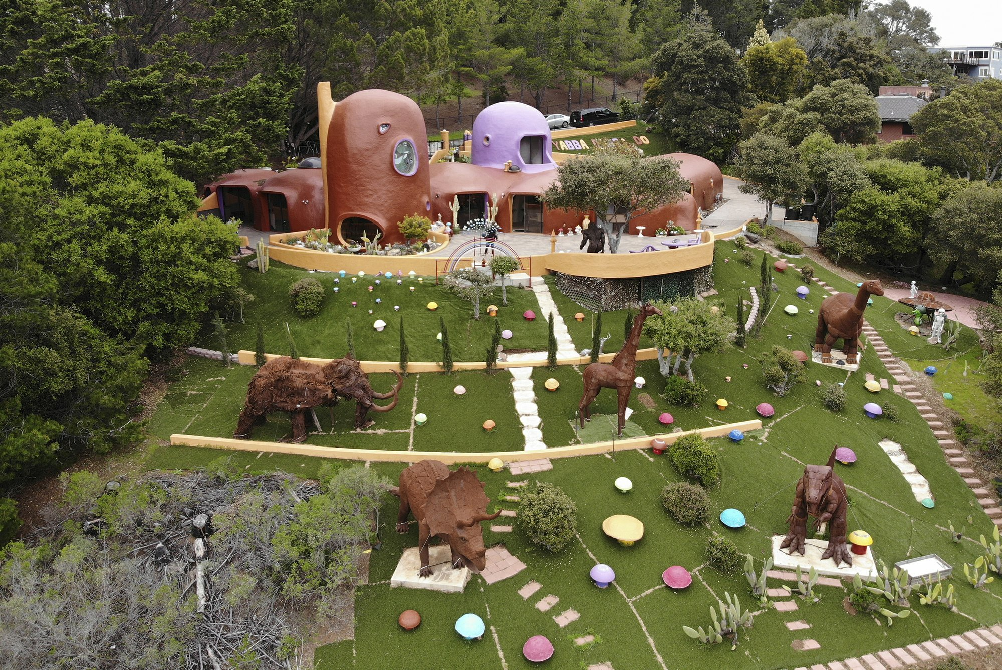 Flintstones House in California