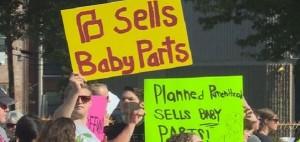 anti-planned_parenthood_rally