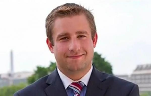 Murdered DNC staffer Seth Rich reportedly sent 44,053 internal DNC emails to WikiLeaks before he was gunned down in while walking home from a bar in the wee hours of the night on July 10, 2016.