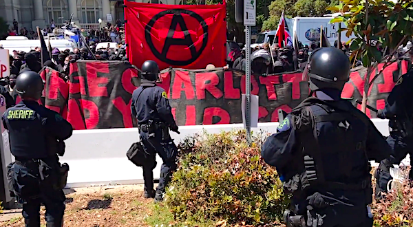 antifa-banner-berkeley-charlottesville-police-video-screenshot-600