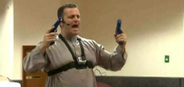 Nezar Hamze conducting weapons training at Darul Uloom mosque in Pembroke Pines, Florida (Screenshot WTSP video).