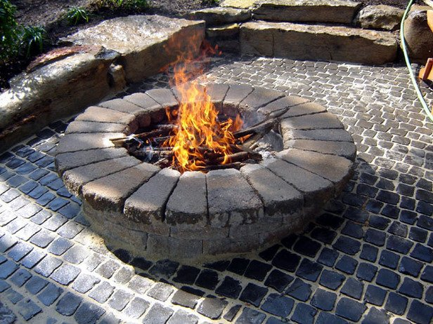 Pick From These 4 Awesome Fire Pits - WNY Handyman
