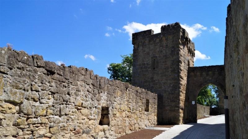 Alte und dicke Mauern