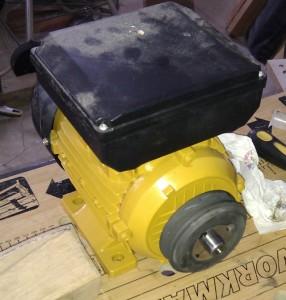 belt-sander-motor-with-pulley