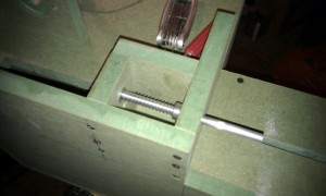 belt-sander-tension-mechanism-2