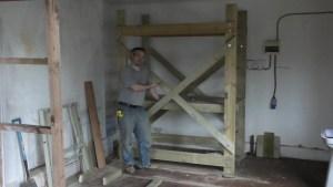 homemade-scaffolding-00040
