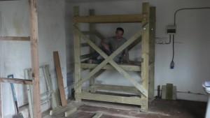 homemade-scaffolding-00041