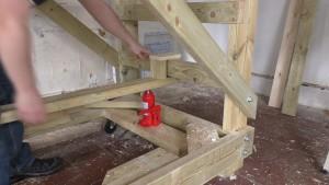 homemade-scaffolding-00075