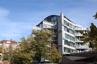 Architektur am Wochenmarkt Winterfeldtplatz